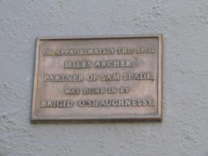 The Maltese Falcon plaque on Burritt Street in San Francisco